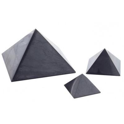 Šungitová pyramida leštěná 4x4 cm